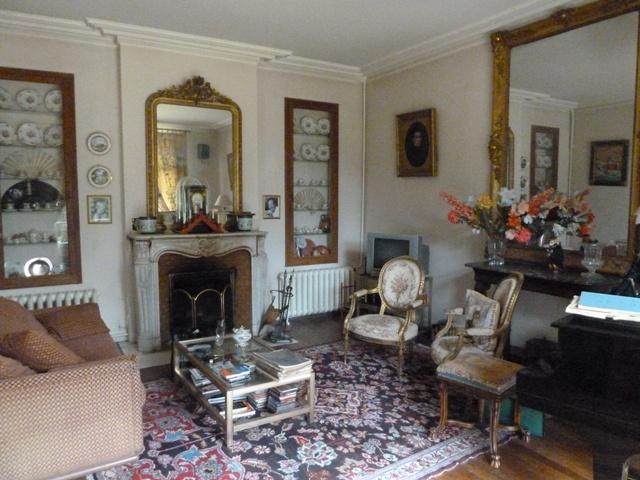 maison bourgeoise ancienne avec dependance et studio independant sur tres beau parc clos d. Black Bedroom Furniture Sets. Home Design Ideas