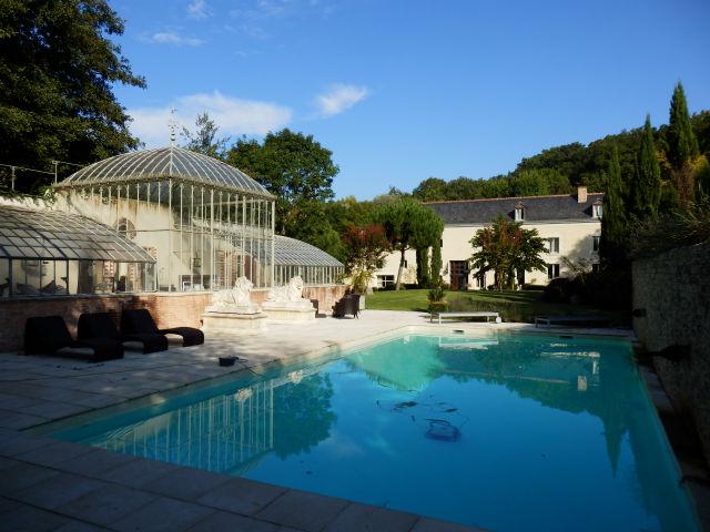 37 a 10 minutes de tours centre exceptionnelle propriete for Environnement piscine
