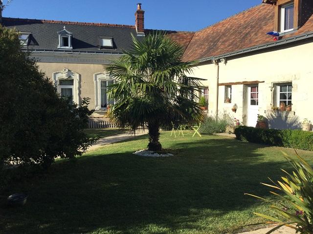 Accueil agence immobiliere une demeure en touraine for Jardin 600m2